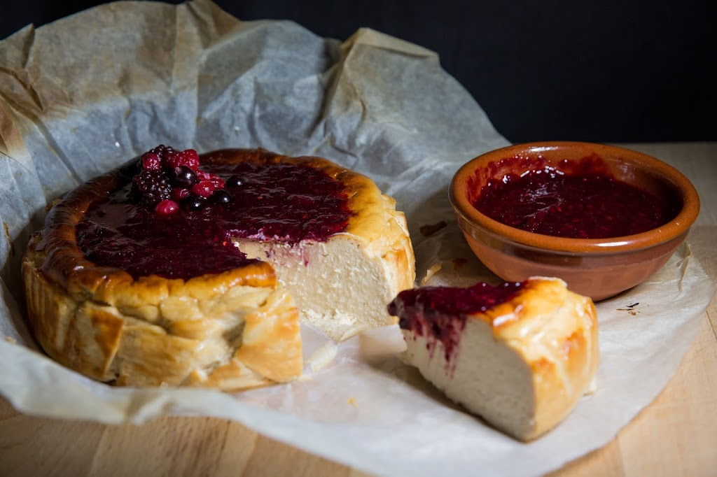 Tarta de queso La Viña con mermelada – Reto Alfabeto Dulce